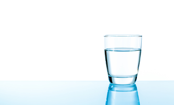 【保育士のダイエット方法】冷たい飲み物は控えて、常温の水・白湯を飲む