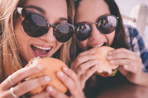 旅行で連日食べ過ぎたときの9つのリセット法!旅行太りのダイエット